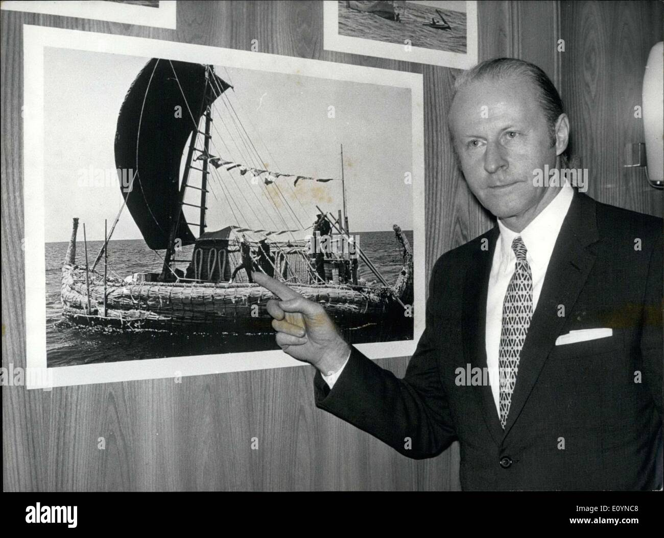 Nov. 20, 1970 - Coming through the capital, Thor Heyerdhal, the authors of ''Ra Expeditions'' gave a press conference on his two expeditions that he talks about in his new book. - Stock Image