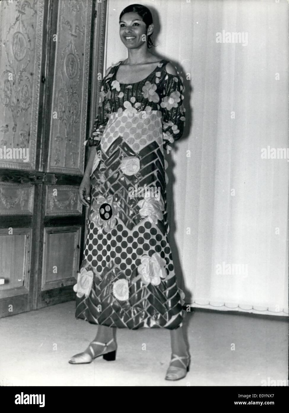 4042fe0a749 Jan. 01, 1971 - Paris Fashions: Emmanuel Ungaro, one of the Paris's ...