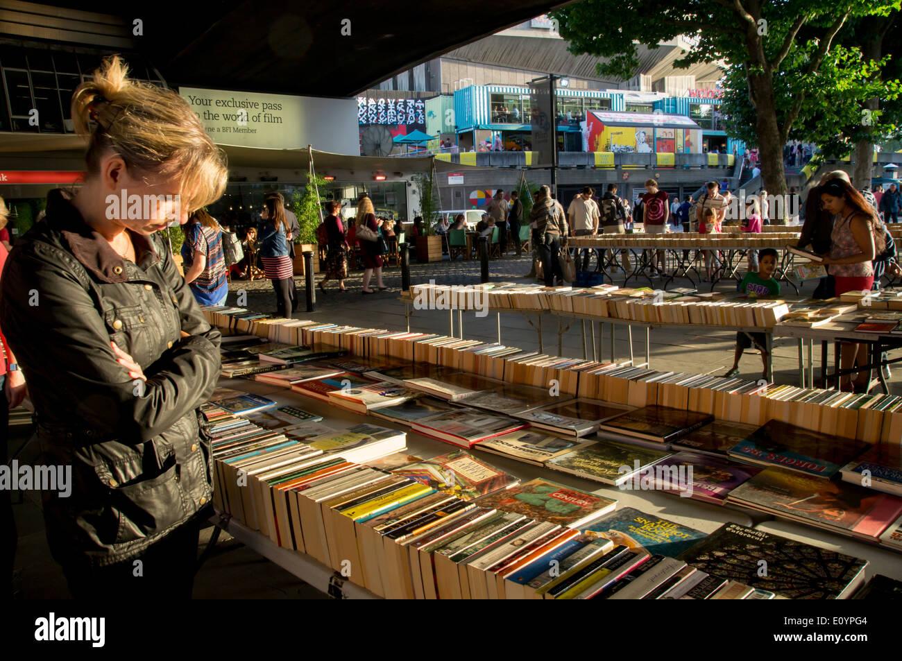 europe, UK, England, London, Southbank secondhand book stalls - Stock Image