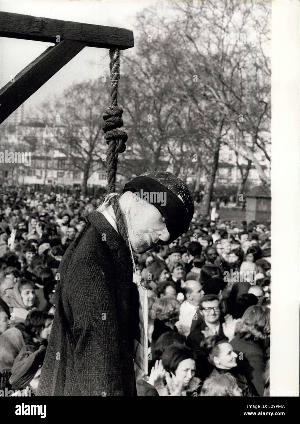 Feb. 25, 1971 - Striking Postal Workers Are Joined By Post Office Engineering Union At Mass Rally In Hyde Park: Post Office strikers from many parts of Britain were joined by members of the Post Office Engineering Union, who are giving their support to the strikers, when they attended a mass rally in Hyde Park today. They were addressed by Tom Jackson, chief of the Post Office Workers' Union, and Lord Dela Court-Smith, General-Secretary of the Post Office Engineering Union. Photo shows An effigy of Mr - Stock Image