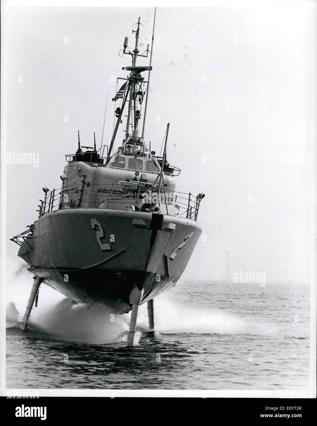 May 05, 1971 - Naval Photographic Center Naval Station, Washington D.C. 20390, Official U.S. Navy Photograph. The Hydrofoil Patrol Gunboat USS Tucumcari, Foilborne during a high speed run. - Stock Image