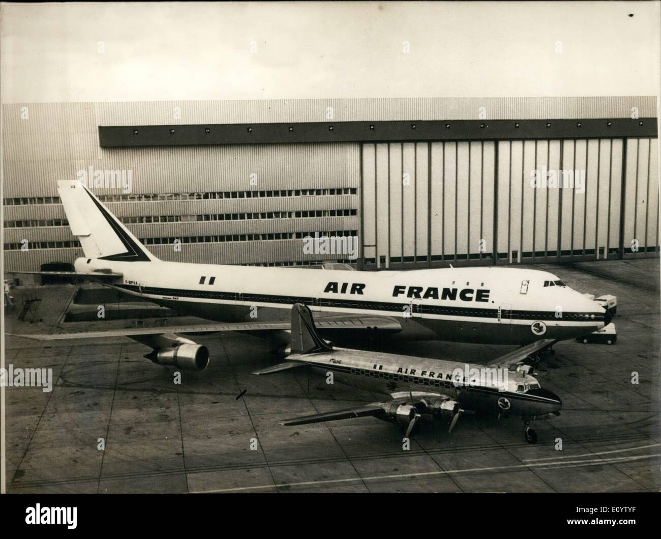 Jun. 06, 1971 - The Giants and the Dwarf: Twenty years of Atlantic Story Between the two aircraft.: A giant Boeing Stock Photo