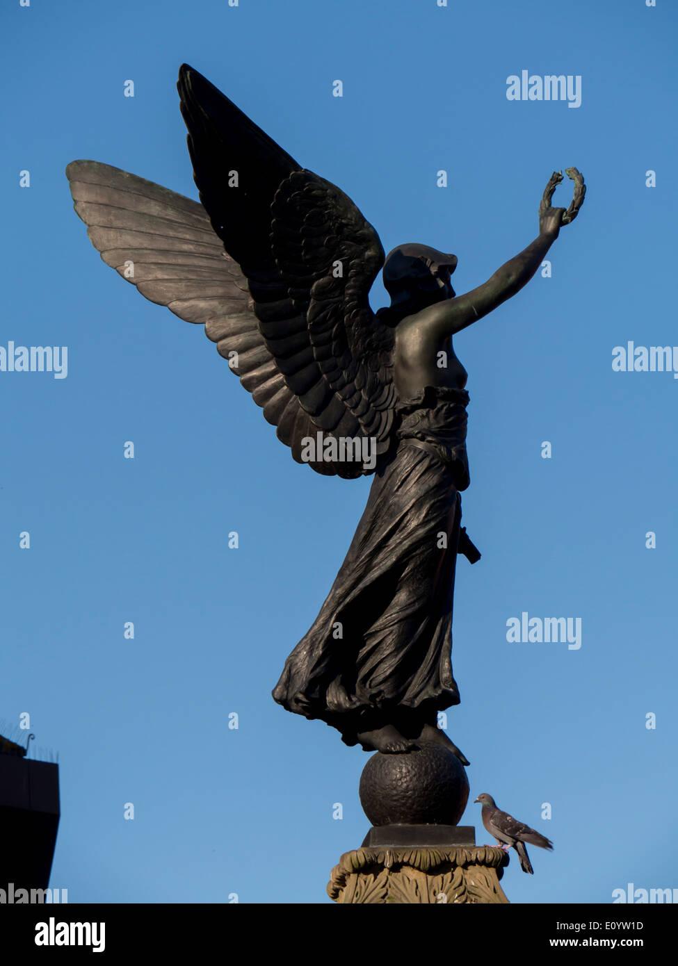 Europe, UK, England, Surrey, Woking town War Memorial - Stock Image
