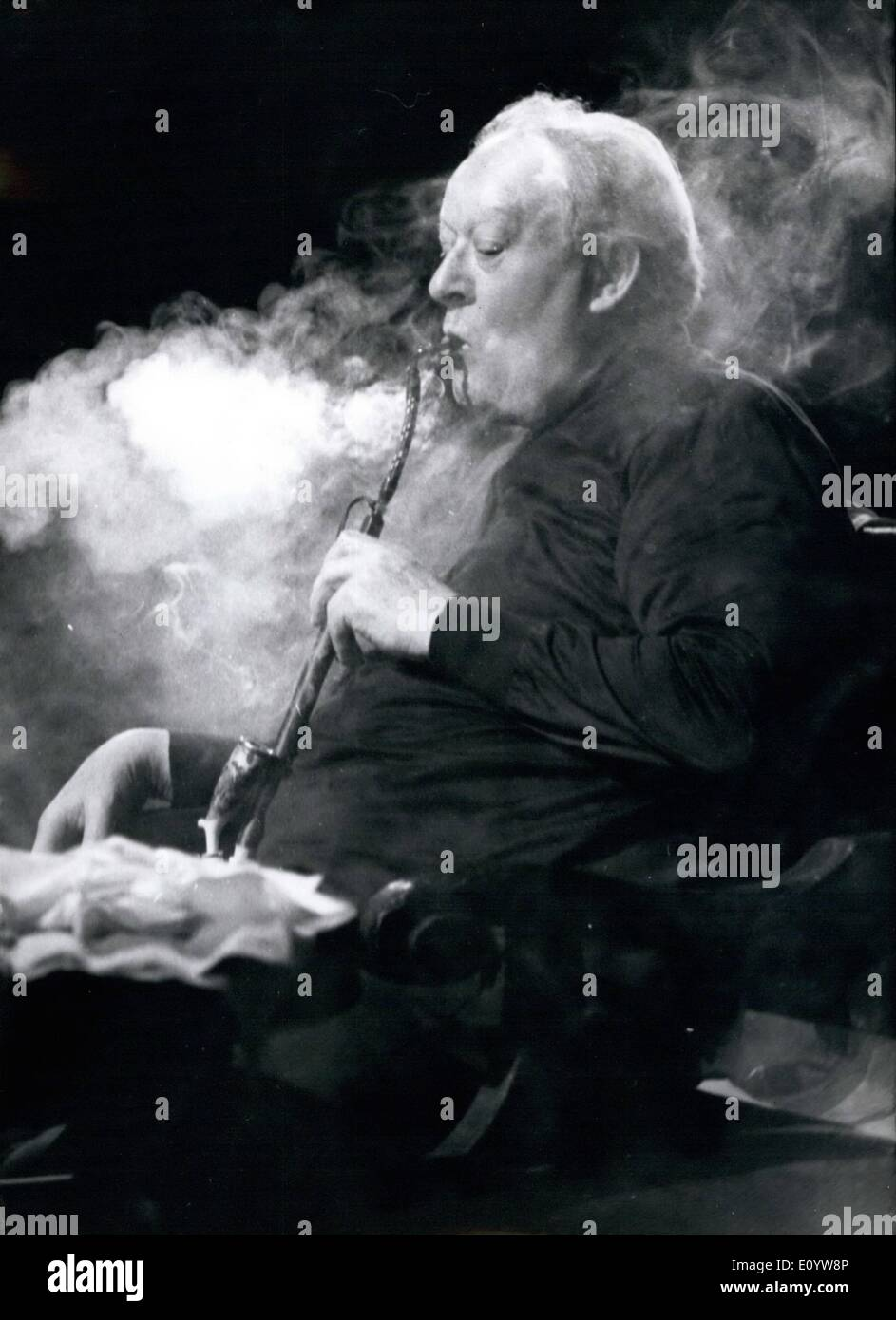 Jul. 07, 1971 - Munice-Opera-Festival 1971 - July 14th Till August 6th; For the opera-festival. in Munich (West-Germany) the actor Kurt Bohme had to learn enjoying a pipe - and he did! The opera from Richard Strauss, has been new produced bei Ghunter Ronnert; costumes and scenery is from Rudolf Heinrich; conductor of ''Die'' schweigsame Frau'' (the quiet women) is Wolfgang Sawallison. - Stock Image