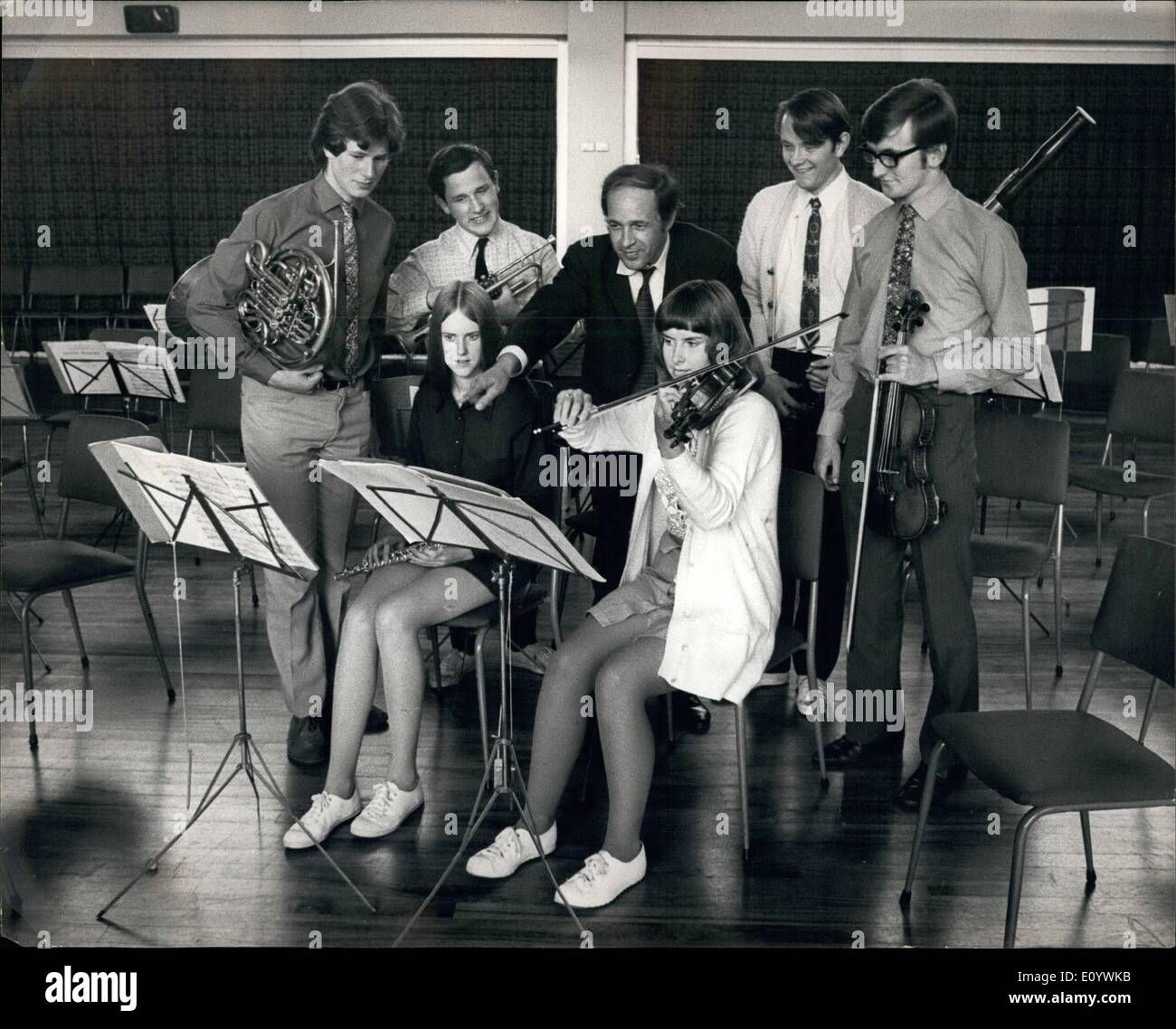 Aug. 08, 1971 - Young Musicians of the National Youth Orchestra rehearse with their French Conductor: A ten-day course of training and rehearsal in a ''borrowed'' school in Croydon, followed by concerts in the Albert Hall, London and the Usher Hall, Edinburgh, this is the programme arranged this month for the 160 young musicians of the National Youth Orchestra of Great Britian. Today they were rehearsing at the schoool the John Whitgift School, Addiscombe Road, Croydon, under their French conductor Pierre Boulez - Stock Image