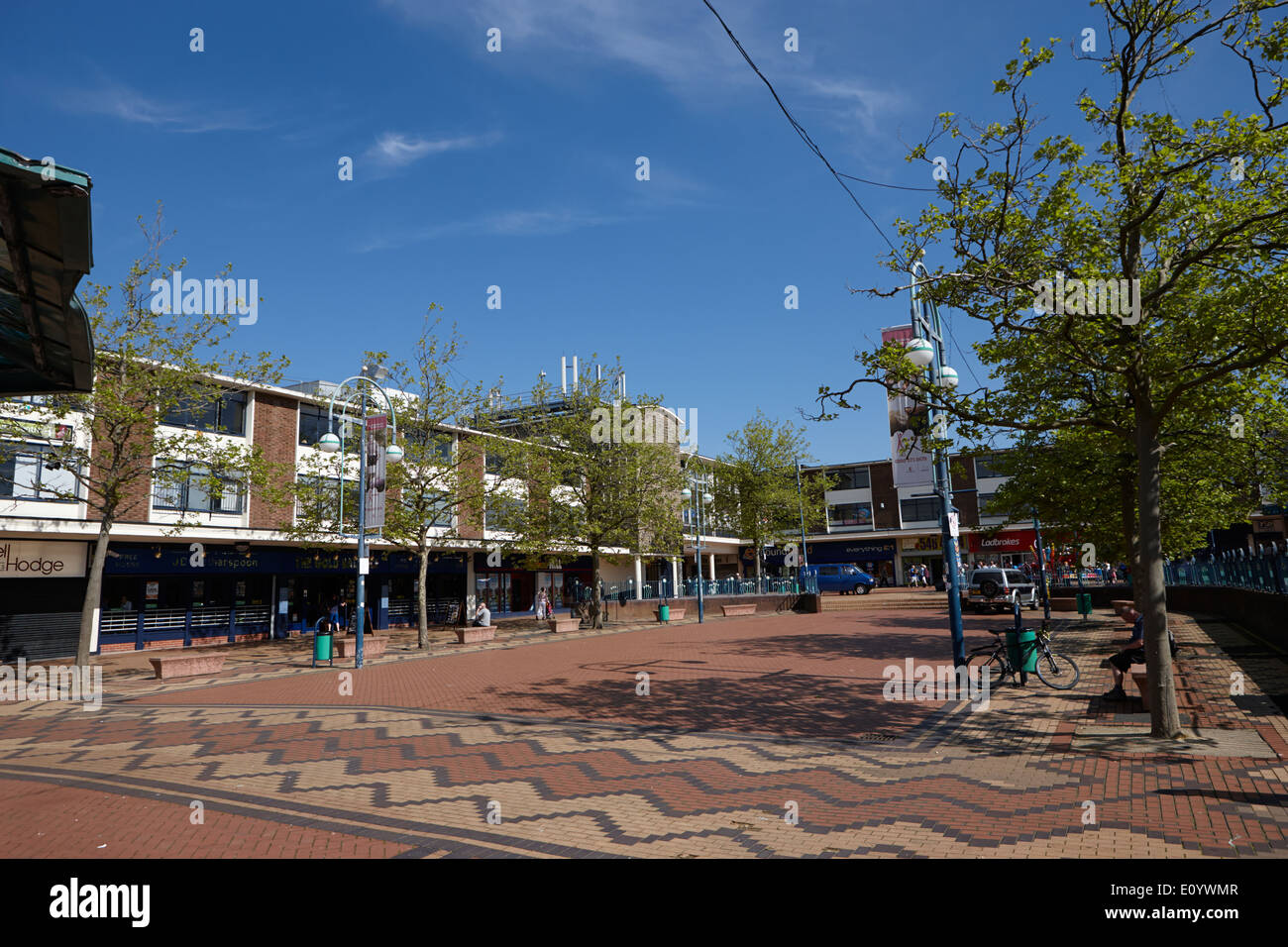 Newtown Gardens Kirkby town centre 1960s town planning Merseyside England UK - Stock Image