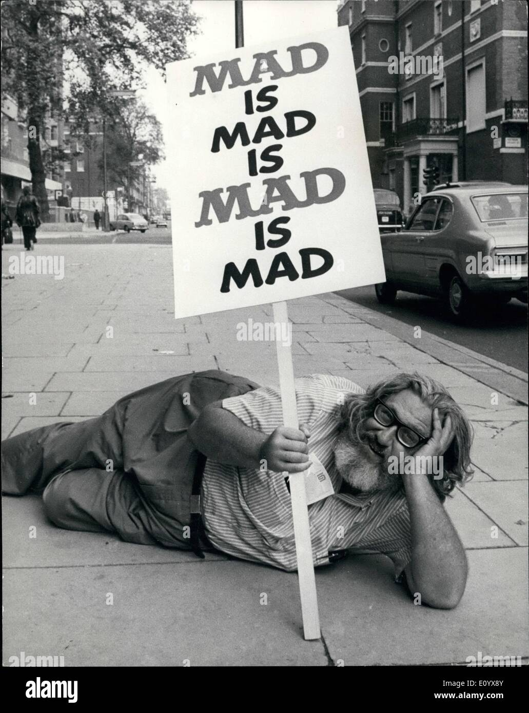 Sep. 09, 1971 - Millionaire Publisher of ''mad'' Magazine in London.: William M. Gaines, has arrived in London from New York with twenty male members of his ''Mad'' family. William Gaines is certainly an unusual character,.A self confessed eccentric and a considerable gourmet, he is the millionaire publisher of ''Mad'' magazine, the satirical American ''in'' teenage comic, which he launched in 1952 and which now sells over 1.9 million copies in he U.S.A. and is also translated into nine foreign languages.Whatever eles he is, Mr. Gaines is an expert in employer -employee relations - Stock Image