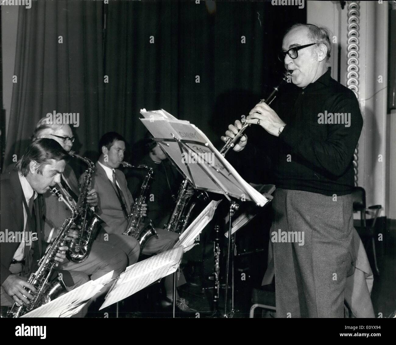 Sep. 09, 1971 - King of Swing Rehearses for Concerts: Benny Goodman, the King of Swing, seen playing his clarinet at St. Panccas town hall yesterday, during rehearsals for two concerts with his British orchestra - at Brighton tonight, and at the Royal Albert Hall on Saturday. - Stock Image