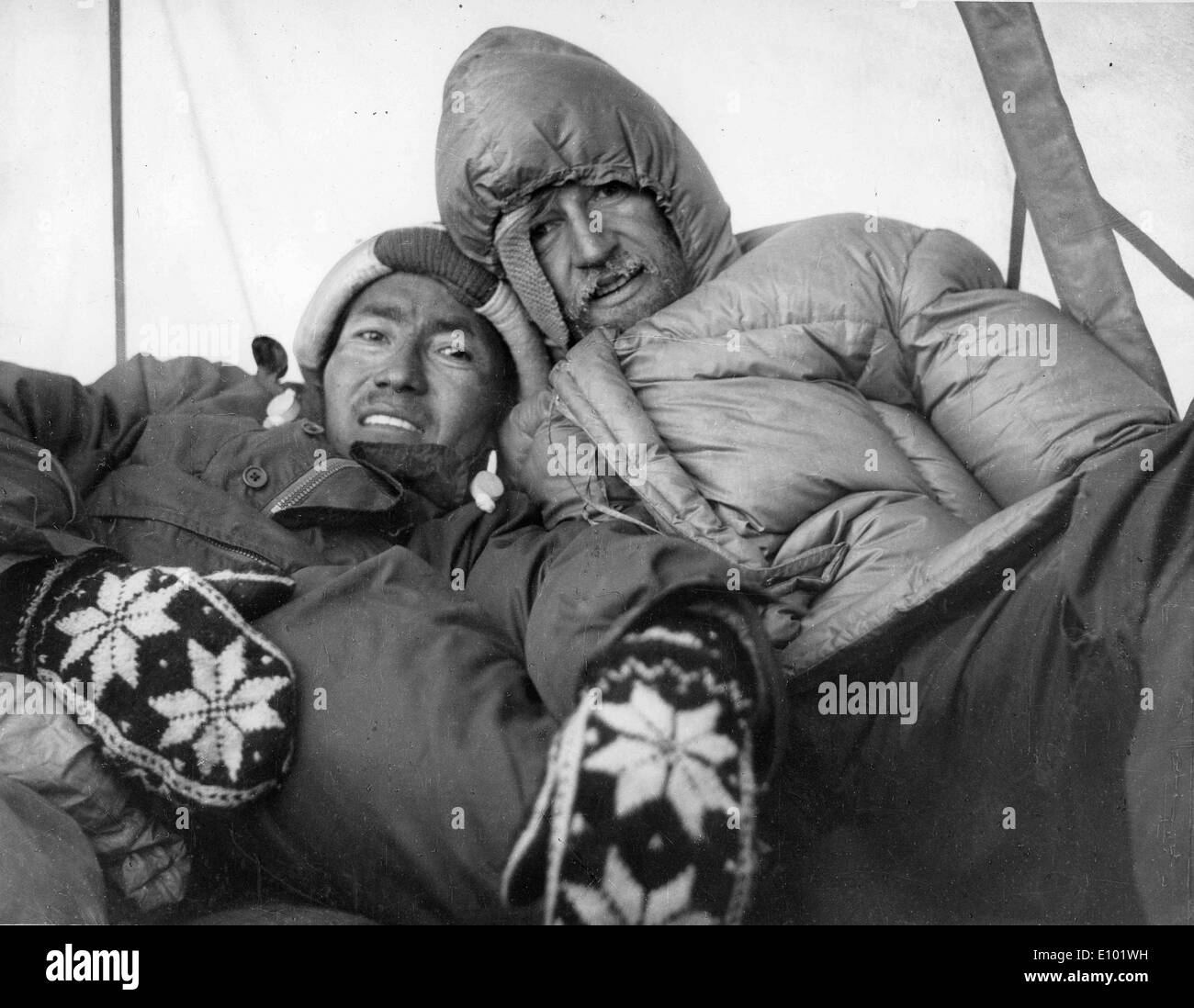 MOUNT EVEREST explorers camping in the Mahalangur section of the Himalayas - Stock Image