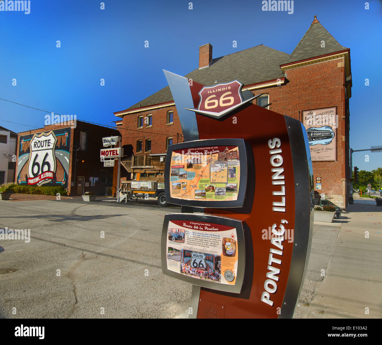 Sign for Route 66 in Pontiac, Illinois - Stock Image