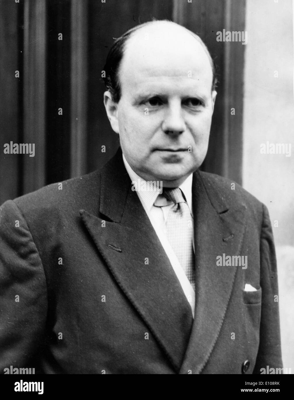 Minister of Labour Iain Macleod arrives at meeting - Stock Image