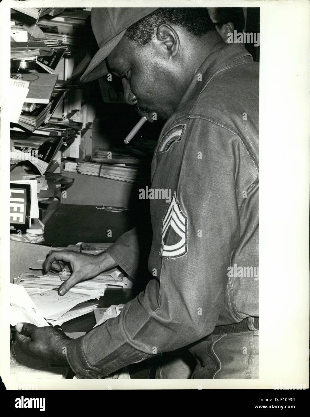 Mar. 03, 1970 - New York Mail Strike: Members of the National Guard [several units, including the 10th Infantry Div.] sorting the mail at the New Lots station post office, located at 1223 Sutter Avenue, Brooklyn, N.Y. - Stock Image