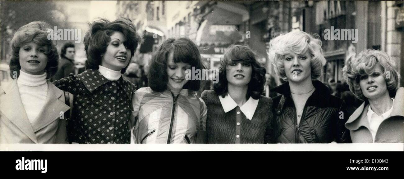 Mar. 08, 1972 - Models in new styles for spring in Paris - Stock Image