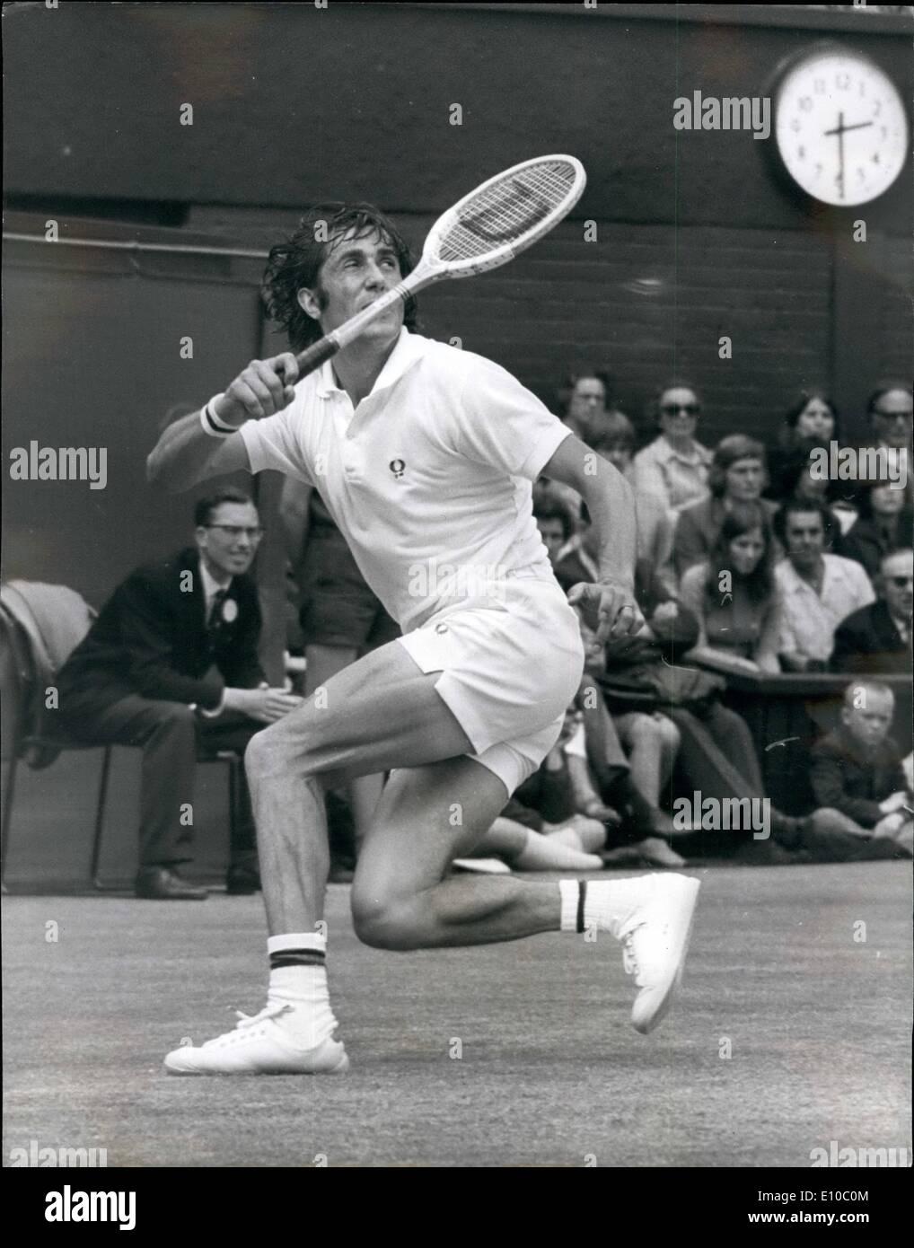pas cher pour réduction 0ec46 4472e Jun. 06, 1972 - Tennis at Wimbledon. Stan Smith Wins Men's ...