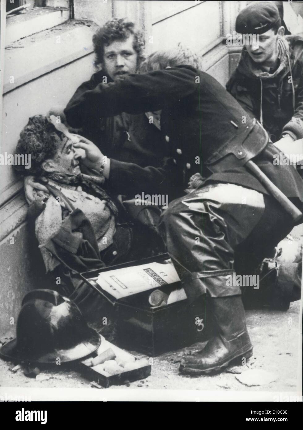 Mar. 21, 1972 - 6 killed and 146 injured in bomb explosion in Belfast.: Six people were killed and 146 injured by - Stock Image