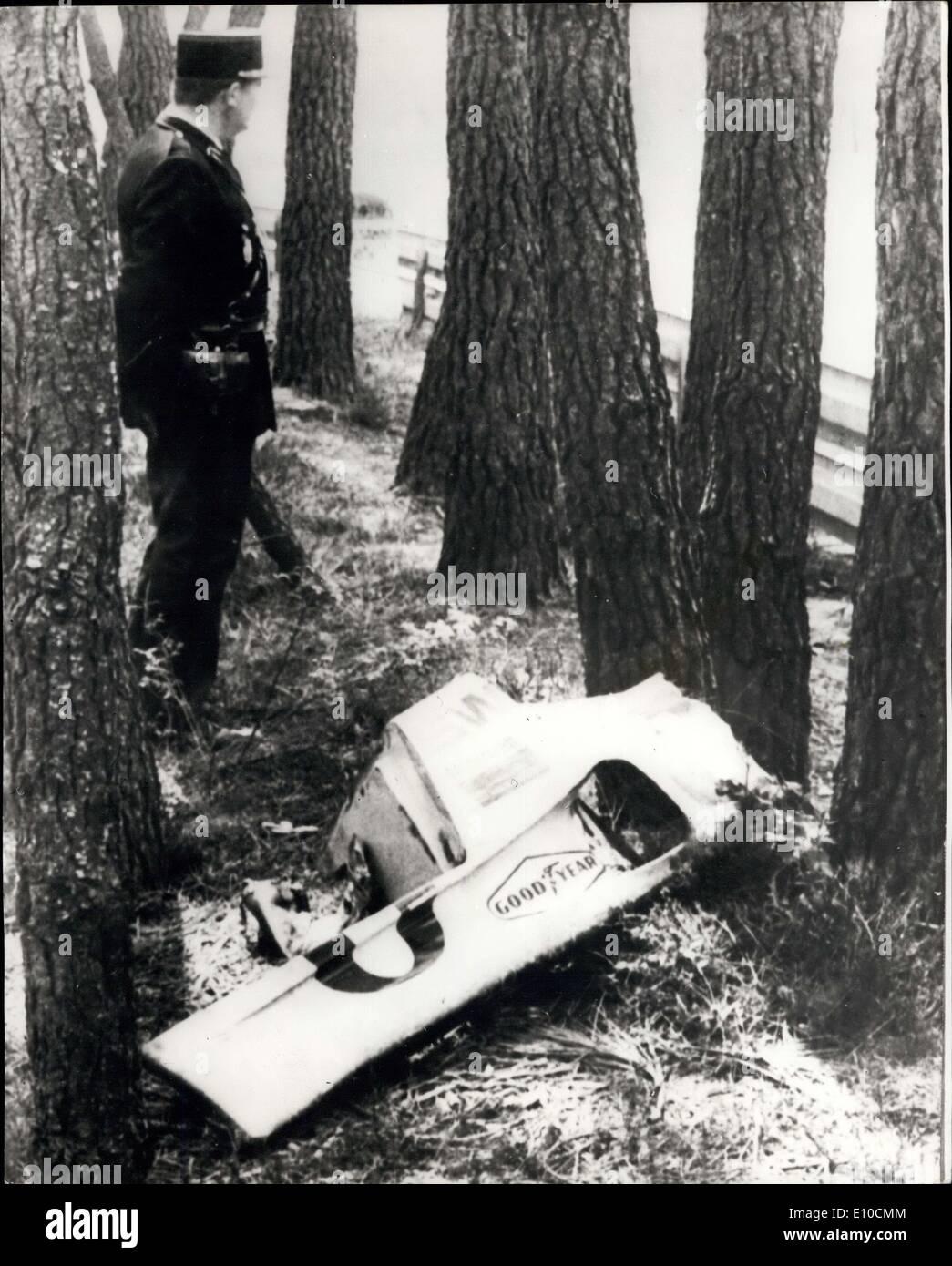 Jun. 12, 1972 - Jo Bonnier Killed in Le mans Crash ...