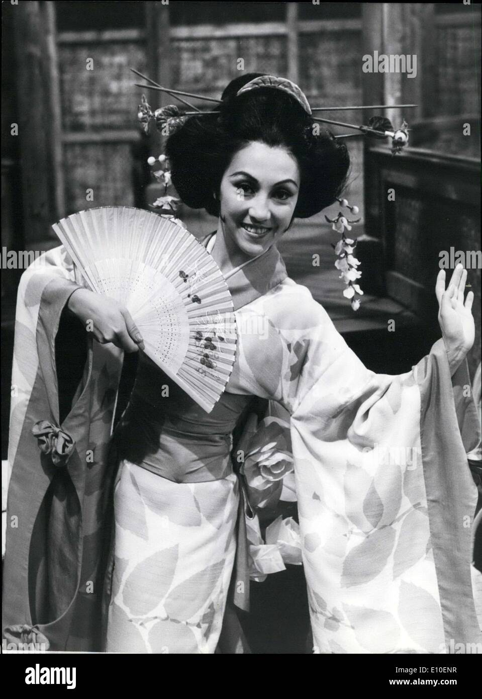 Aug. 11, 1972 - A dancer of a ZDF ballet who married prince is currently in ''The Geisha,'' for the last time before the camera. ''How do I angle me a prince?''.. is not a question anymore for the graceful dancer Chesternina Sim-Zecha. She now has him...and he is only waiting on her so they can return home ''to his kingdom.'' The mixed, Dutch-Chinese 25 year old born in Indonesia and raised in England and Holland, is a soloist in the Stuttgart State Opera and a participant in the ZDF ballet; before long she will marry the brother of the king of Malaysia, Tunku Abdul Rahman - Stock Image