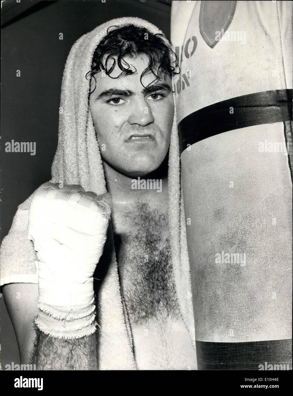 Nov. 11, 1972 - Tony Doyle To Meet Joe Bugner: American Mormon Tony Doyle, pictured at the Noble Art Gymnasium today, during training for his heavyweight contest against Joe Bugner at Wembley on November 14th. - Stock Image