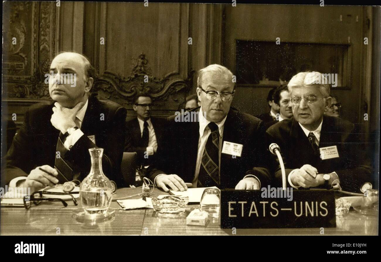 Mar. 16, 1973 - Volker, George Schultz, and Arthur Burns at a Meeting in Paris APRESS. - Stock Image