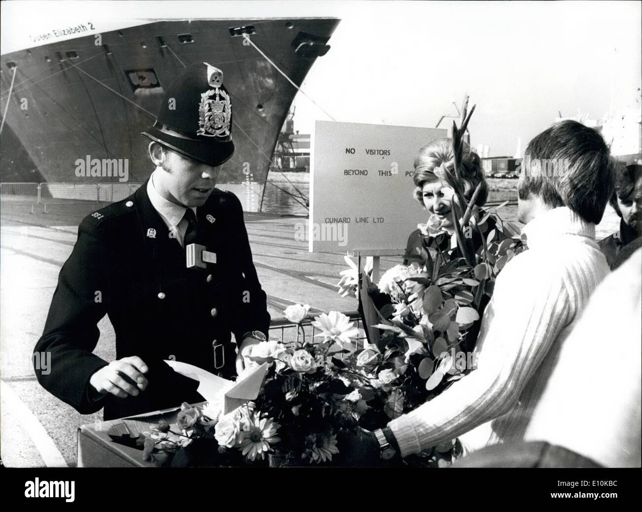 Apr. 04, 1973 - SECURITY PRECAUTIONS WHEN QE2 LEAVES FOR ISRAEL.. Massive security precautions were mounted yesterday when the liner Queen Elizabeth 2 left Southampton with 580 passengers, most of them American Jews, for a cruise to Israel marking Passover and the 25th. anniversary of the Jewish State, Photo Shows:- Even flowers came under scrutiny at Southampton yesterday. - Stock Image