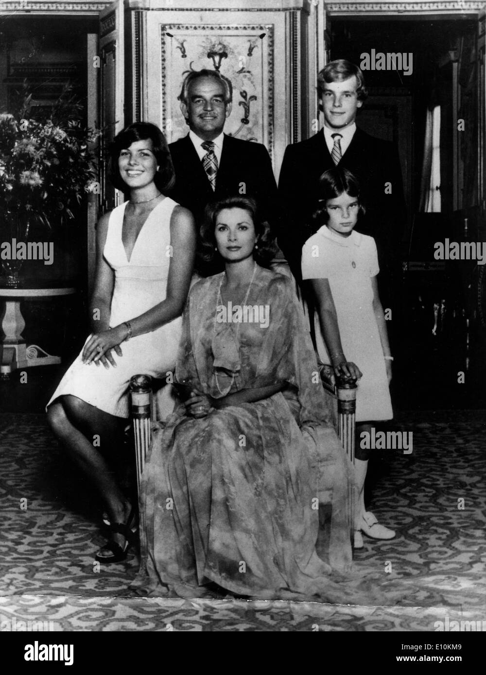 Monaco - PRINCE RAINIER and American film actress PRINCESS GRACE KELLY with children - Stock Image