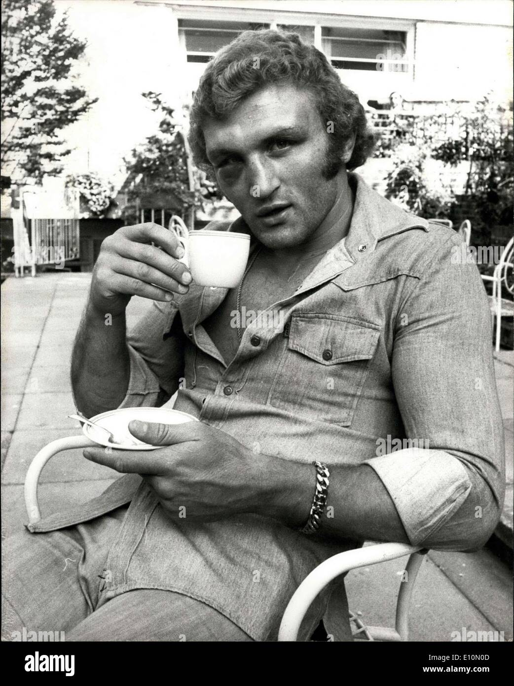Jul. 03, 1973 - Joe Bugner Resting At His London Hotel Joe Bugner the British European Heavyweight Champion who lost on points to former World Heavyweight Champion Joe Frazier at Earls Court last night, was resting at his hotel this morning. Photo Shows:- Joe Bugner seen enjoying a cup of tea at the Kensington Close hotel this morning. - Stock Image