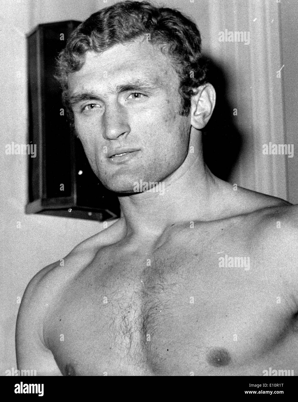 British heavyweight JOE BUGNER at weigh-in for his contest agains American heavyweight Charlie Polite at the Albert Hall in UK - Stock Image