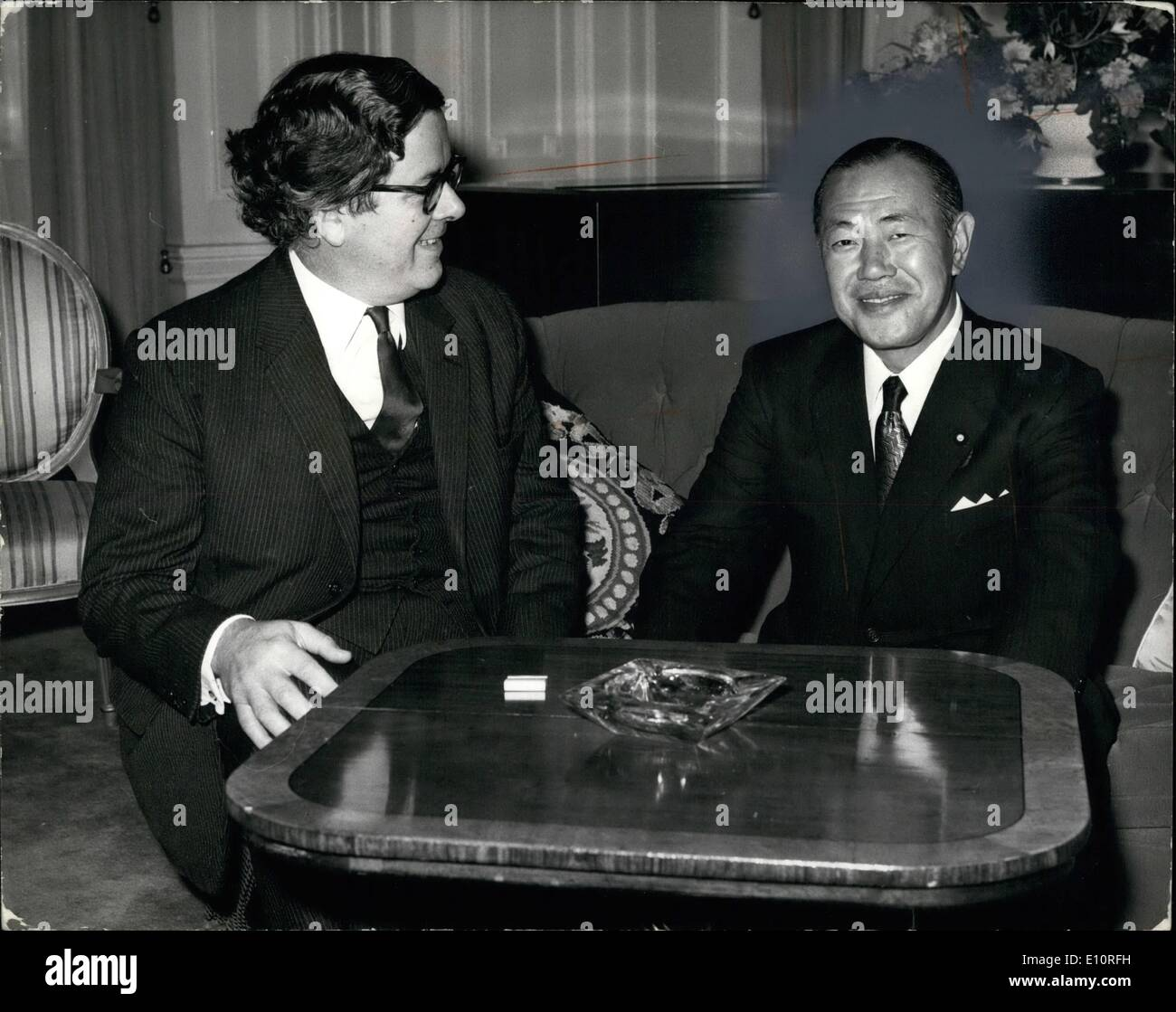 Oct. 10, 1973 - Sir Geoffrey Howe calls on Japanese Prime Minister: Sir Geoffrey Howe, Minister for Trade and Consumer Affairs, - Stock Image
