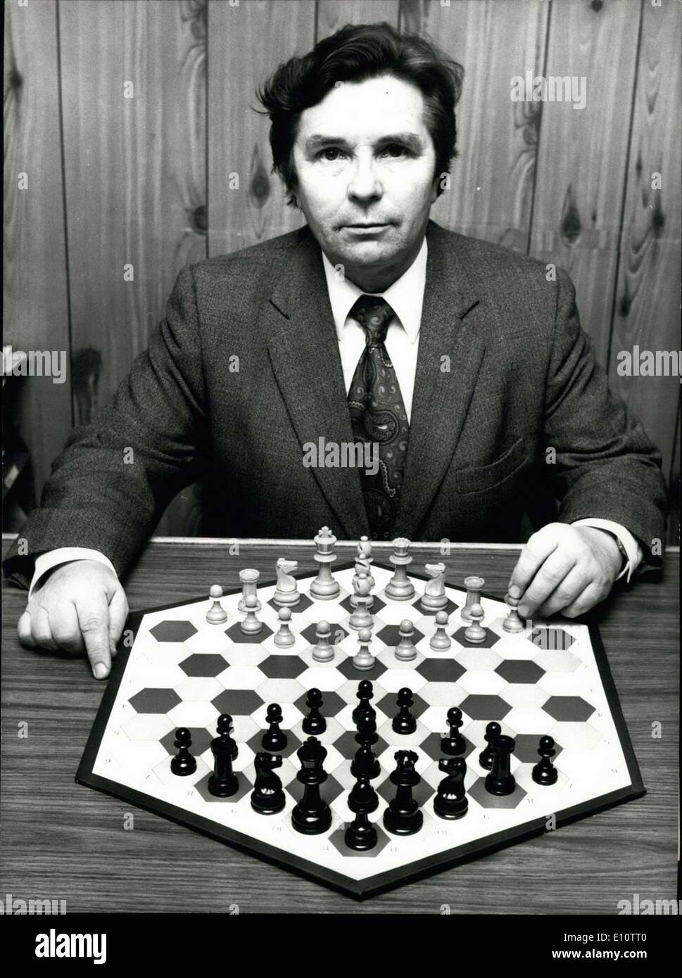 Feb. 05, 1974 - A New Version of The Game of Chess On An Hexagonal Board Mr. Wladyslav Glinski, a Polish-born Briton, has ate - Stock Image