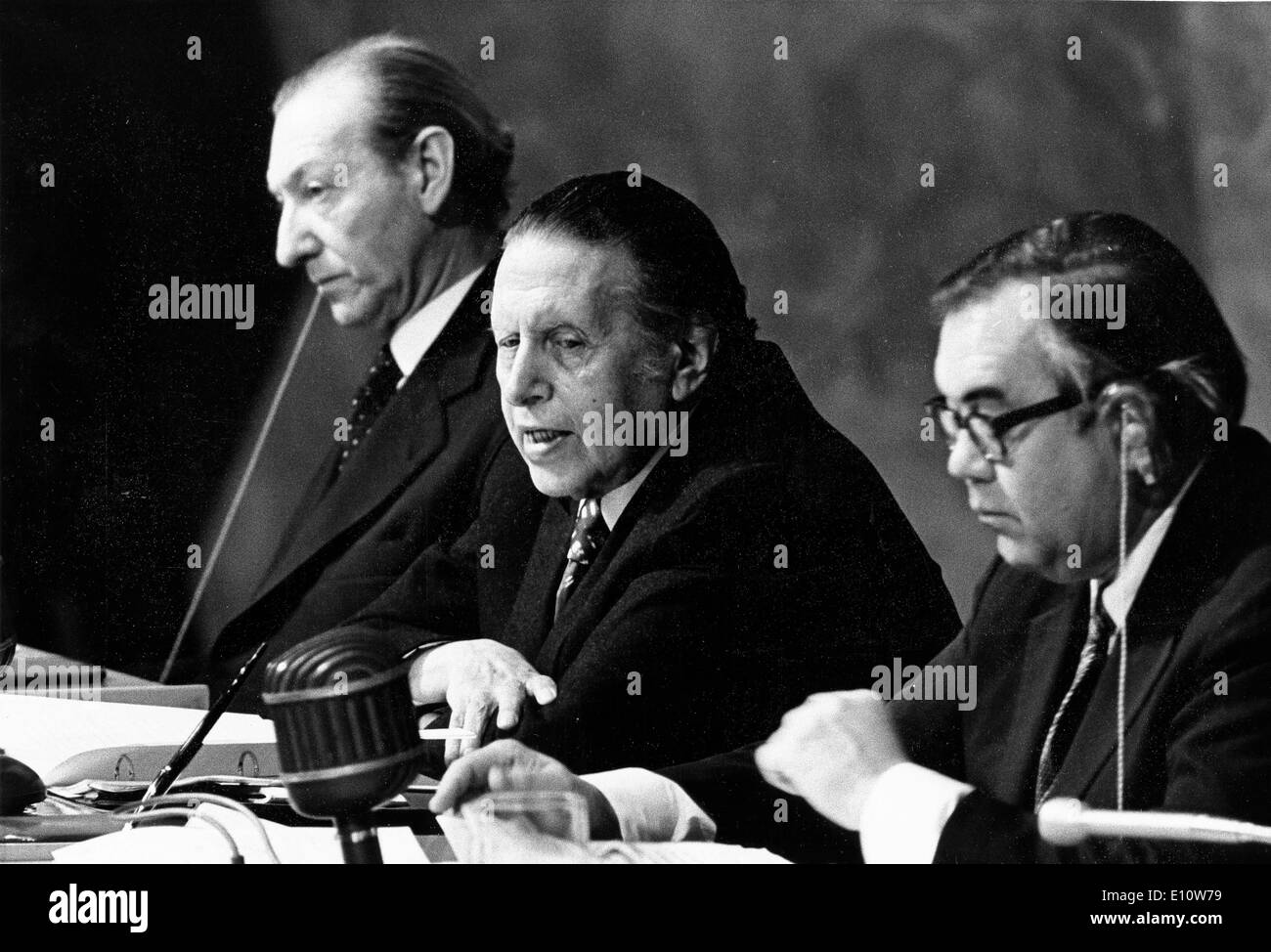 President UN LEOPOLDO BENITES addressing the General Assembly to study the problems of raw materials and development Stock Photo