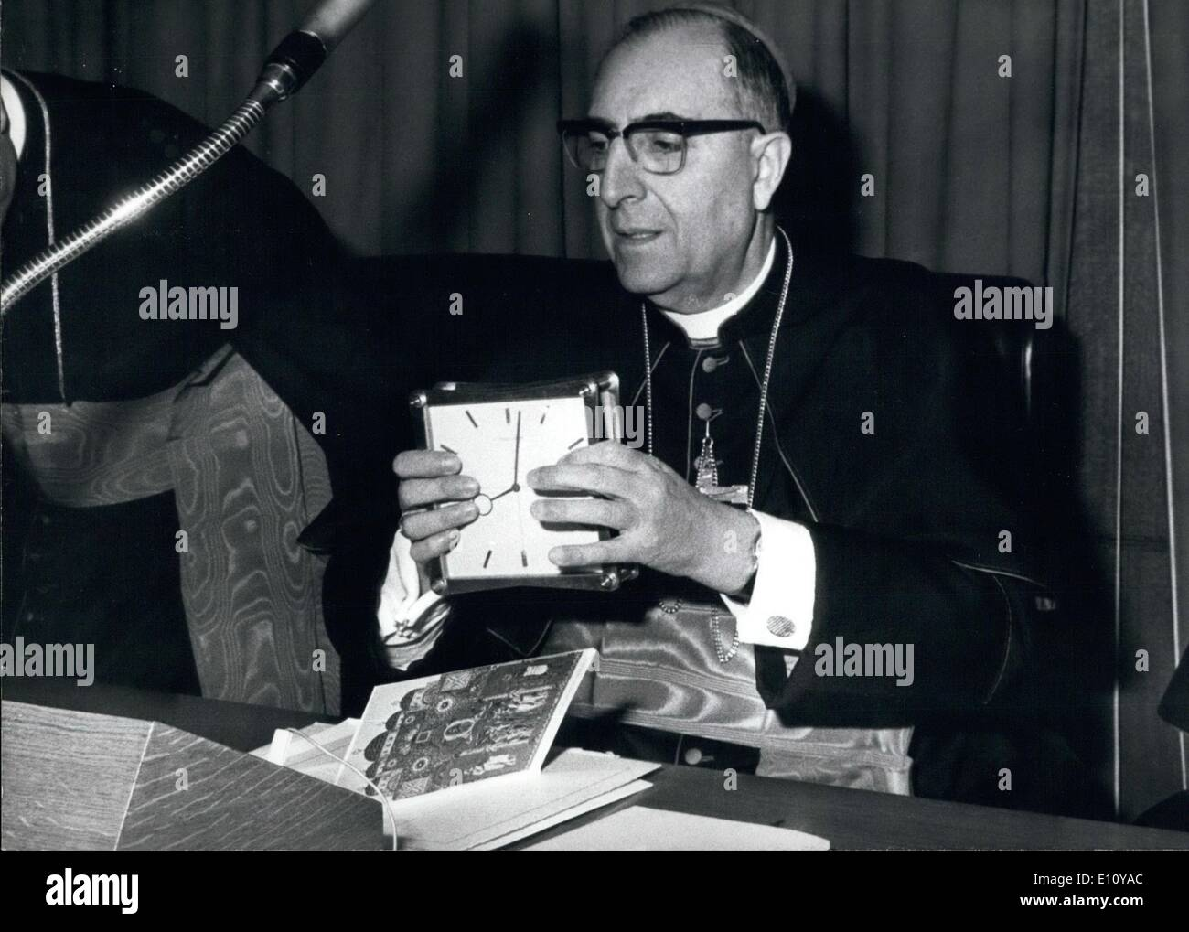 Oct. 10, 1974 - The works of the Synod of the Bishops that takes place in the St. Peter's. OPS:- Card. Juan Landázuri Ricketts, Franciscan, and one of the 'eligible to the papacy', giving the 'reveille' - Stock Image