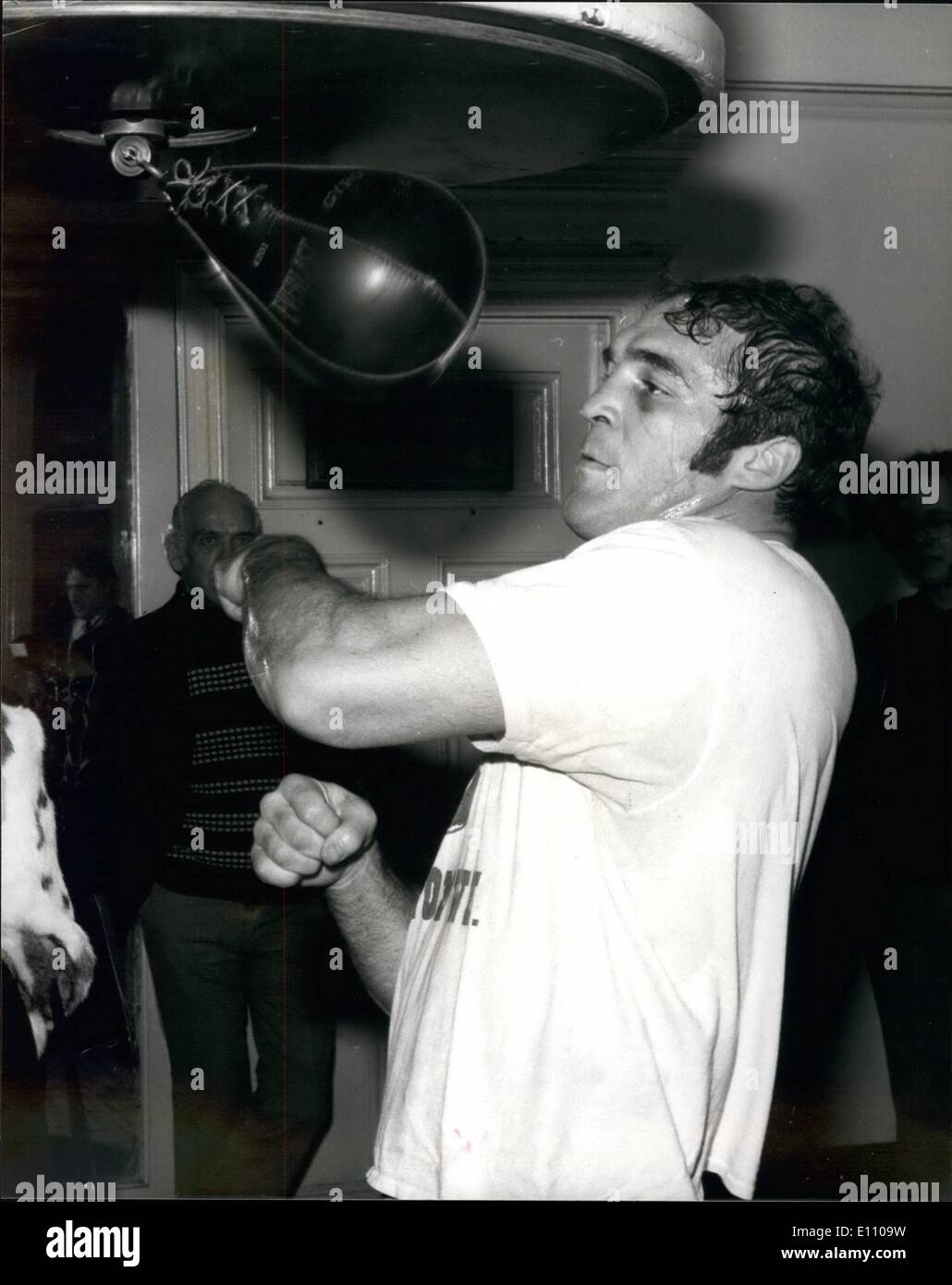Nov. 11, 1974 - Kirkman trains for Bugner fight. American heavyweight, Boone Kirkman gets in some work on the punch bag, in readiness for his fight against European champion, Joe Bugner at the Royal Albert Hall, London , next Tuesday. - Stock Image