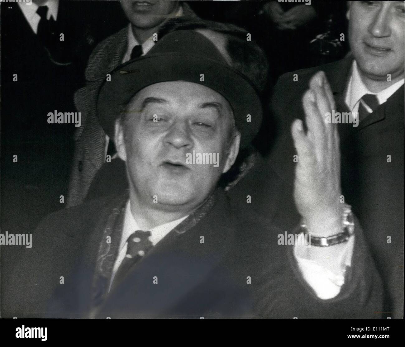 Apr. 04, 1975 - Demonstrations as Alexander Shelepin arrives in London.: Alexander Shepelin the former KGB chief, who is in London with a Soviet trade union delegation as guests of the TUC, today escaped the angry demonstrators when he entered the TUC building Congress House, by a back entrance.Photo shows Alexander Shelepin leaves Congress House by a back entrance to avoid the demonstrators this evening. - Stock Image