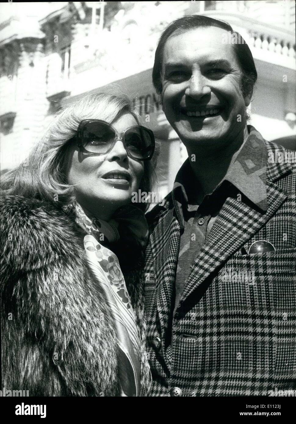 Apr. 14, 1975 - While waiting to film their space advetures in another much-anticipated TV series, Martin Landau and Barbara Bain, the couple in ''Mission Impossible'' who are partners on the TV ad married in real life, are spending a vacation in Cannes with their children. Martin Landau and Barbara Bain are the heros of ''Space 1999,'' a TV series with 24 episodes telling the story of a group of men and women who live in a space station on the moon. In fear of radioactivity, no one wants to welcome, no one want to welcome the space travelers - Stock Image