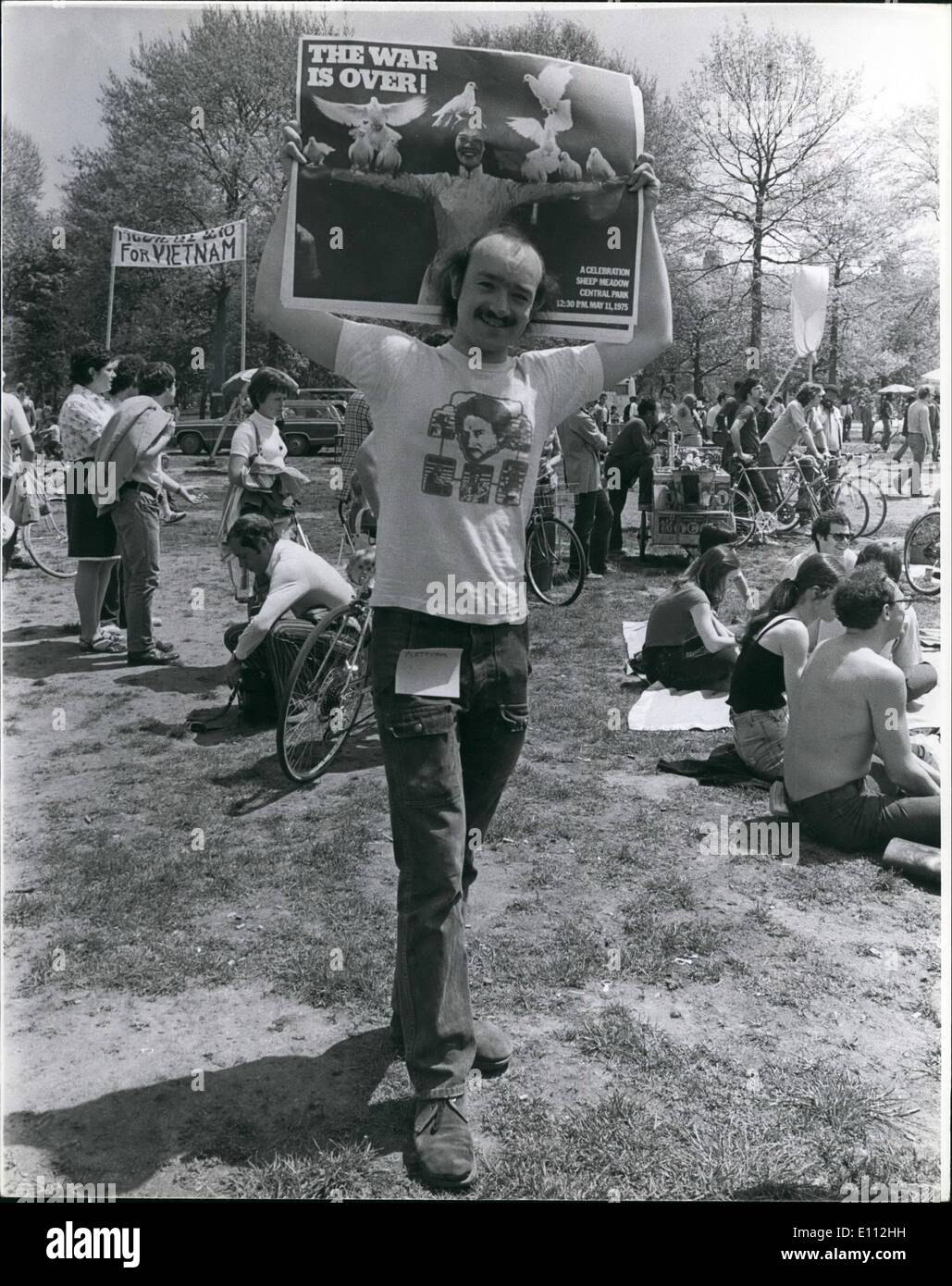May 05, 1975 - War is over rally: Vietnam is over. That was the theme as thousands jammed Sheep Meadow recently in a victory rally to celebrate the peace and mourn the dead and try to make sure that none of it would ever happen again. There was singing and dancing; fundraising and antiwar speeches. And in among the crowds were labor and Third World leaders as well as Congresswoman Bella Abzug and Joan Baez the folk singer. Mothers of American war resisters were out to drum up support and signatures for amnesty petitions to bring back their sons - Stock Image