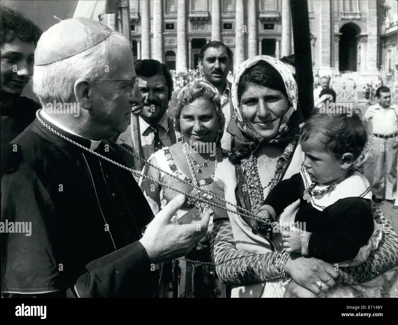Aug. 08, 1975 - Holy year Piligrims: The gipsies came in Rome from all parts of the world, attended at the jubilee this morning - Stock Image