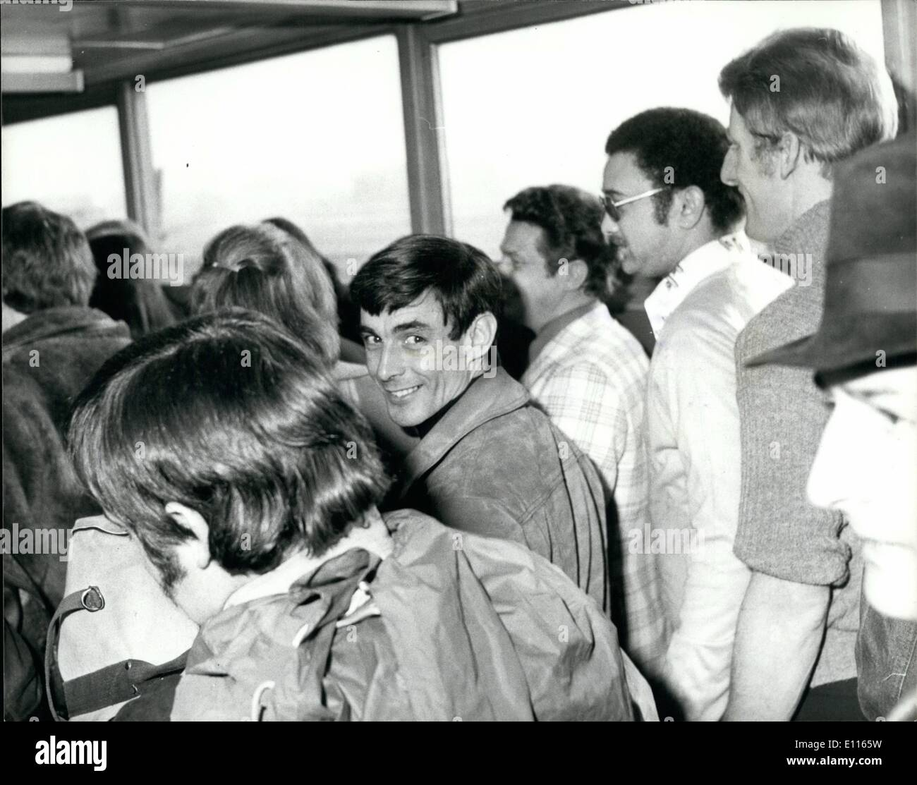 Jan. 01, 1976 - British Mercenaries Leave By Air For Angola: A party of British mercenaries flew out from London's - Stock Image