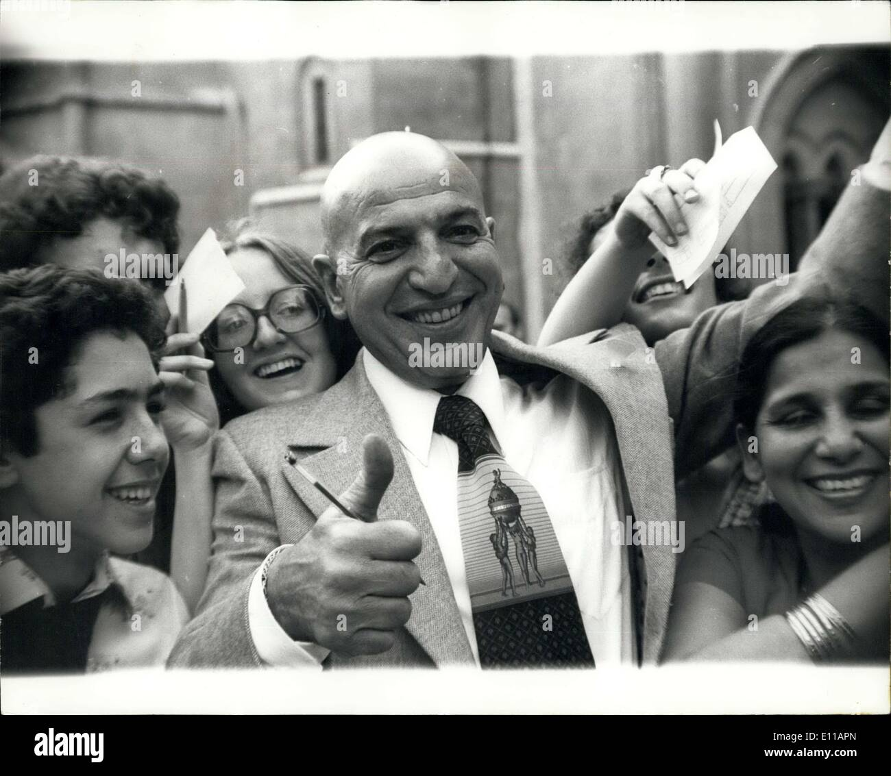 Jun. 15, 1976 - Telly Savalas (Kojak) is awarded 34,000 damages in his libel case against the daily mail; Telly Savalas, the tough cop in the American TV series Kojak, was awarded 34,000 damages in the High Court today in his libel action against the London newspaper, the Daily Mail, Mr. Savalas sued the Associated Newspapers, the publishers, over an article published in the Daily Mail last year which said that his wild night life in Berlin during the filming of a picture led him to forget his lines - Stock Image