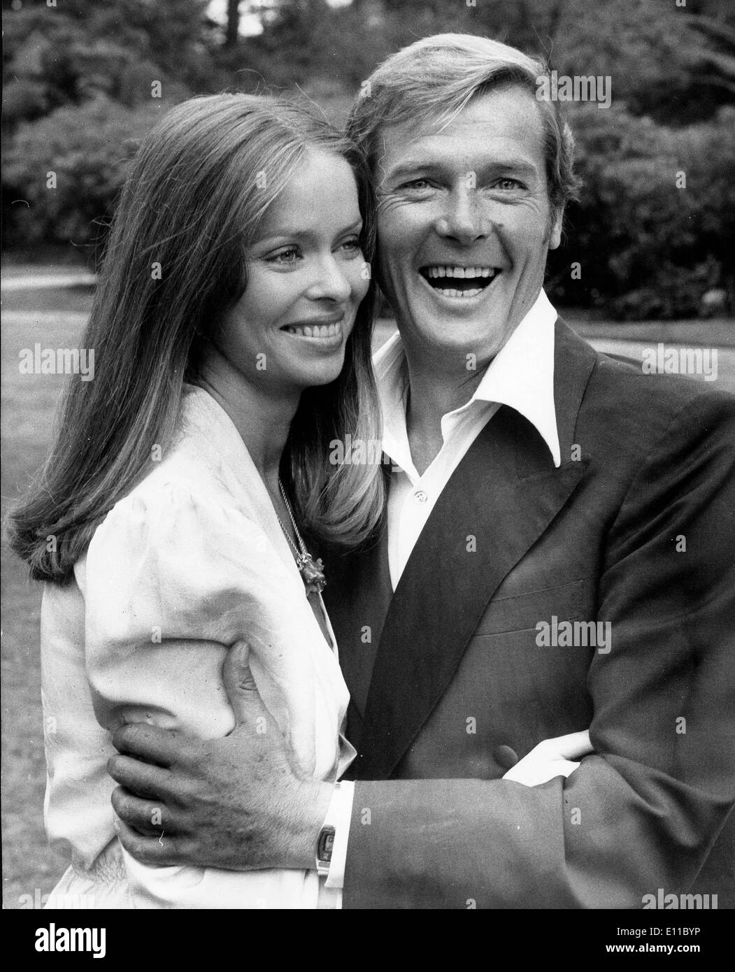 Sep 02, 1976; London, England, UK; Actor ROGER MOORE and BARBARA BACH co-stars in the film 'The Spy who Loved me'. - Stock Image