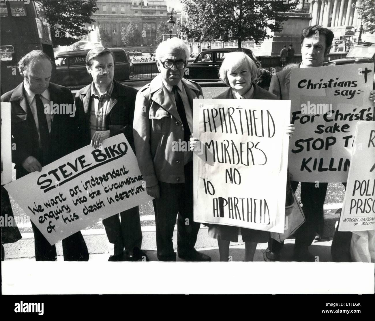Sep. 09, 1977 - Anti-Apartheid Demonstration  The Death Of Steve iko Outside South: The death of Stev who announced - Stock Image
