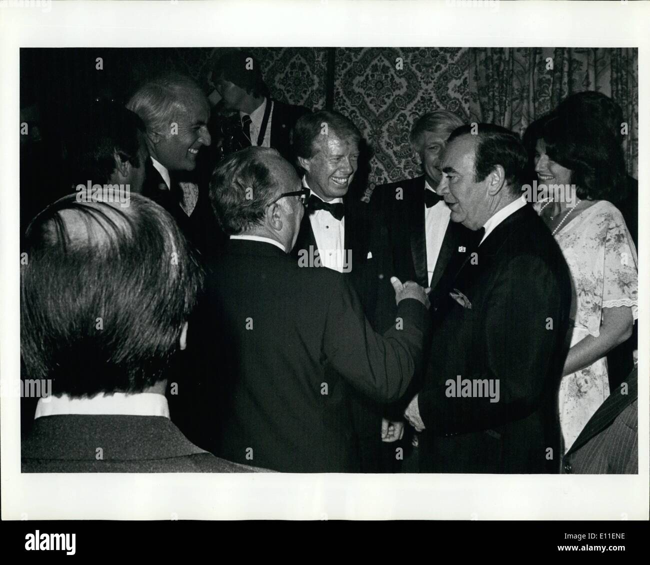 Jun. 06, 1977 - Grand Ballroom Of The Waldorf Astoria Hotel, New York City: President Carter Attended A 000,00 A Plate Fundraiser This Evening Sponsored By The Democratic National Committee. Photo shows President Carter Being Introduced To Various New York Democratic Fat Cats By New York Governor Hugh Carey. - Stock Image