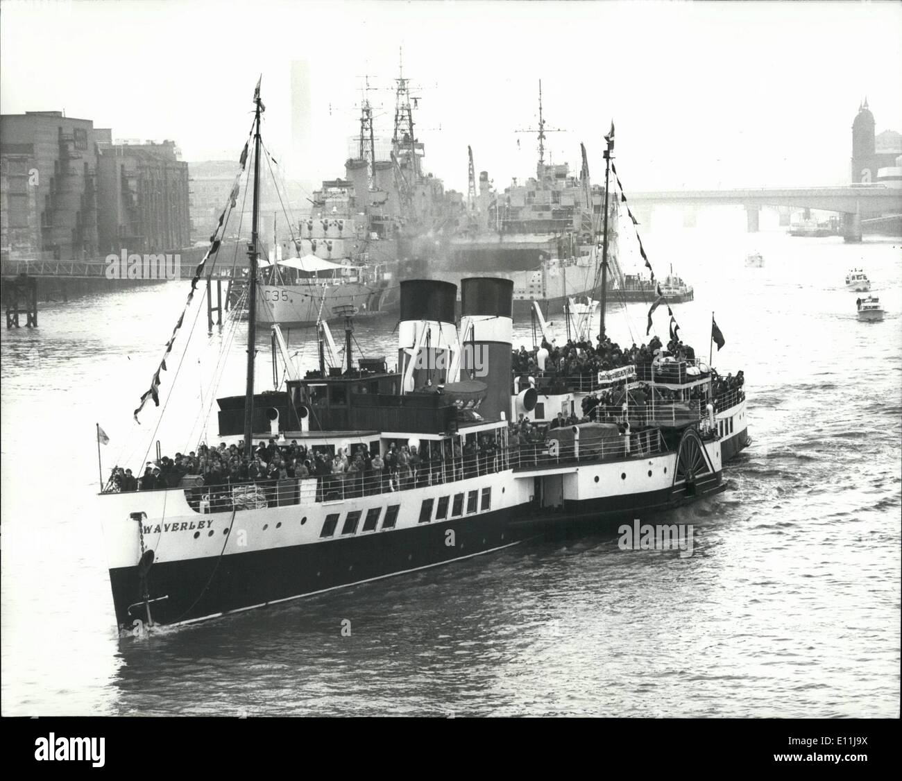 Apr. 04, 1978 - BLB to save the Waverly from the scrap yard.: In a bid to save the 31-year-old paddle steamer Waverly from the scrap yard, it is on a visit to London after a journey from Scotland, for a week's voyages from the Tower, which if successful will ensure the steamer's futue. This morning the Waverly left Tower Pier for Southend and Clacton. Photo shows the Waverly seen leaving Tower Pier this morning. - Stock Image
