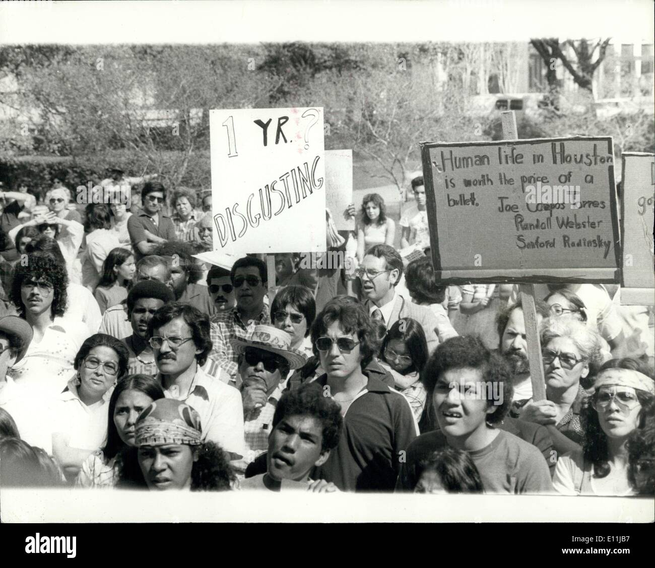 Apr. 14, 1978 - Demonstration over the death of Joe Campos Torres at Houston Texas. U.S.A: Gathering sympathisers as they marched, hundreds of singing and chanting demonstrators merged on a shuttered Houston City Hall recently to morn the death of Joe Campos Torres. Mexican, Americans, Blacks and whites joined in the protest against the one year Federal sentences handed down to three Houston Police Officers involved in what some of the demonstrators termed the ''murder'' drowning of Joe Campos Torres - Stock Image