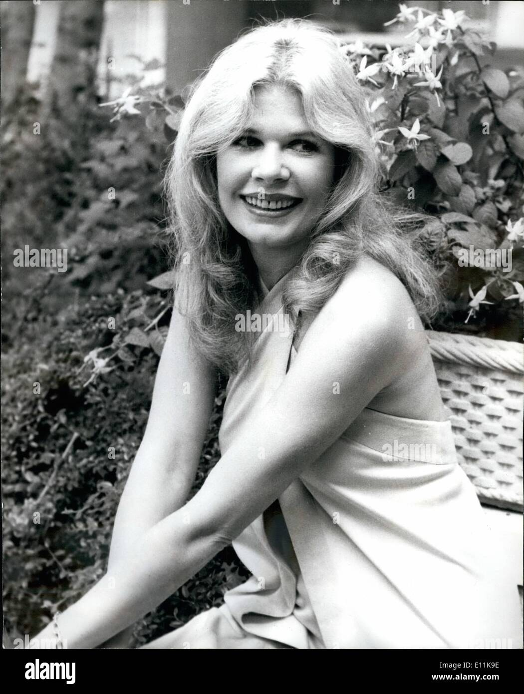 Loretta Swit nude photos 2019