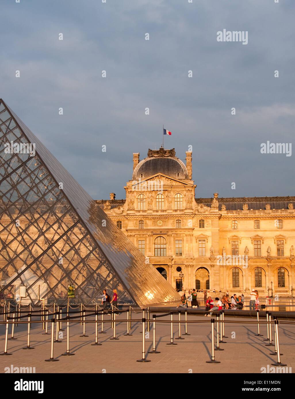 Louvre, Paris, Frankreich - Louvre, Paris, France Stock Photo