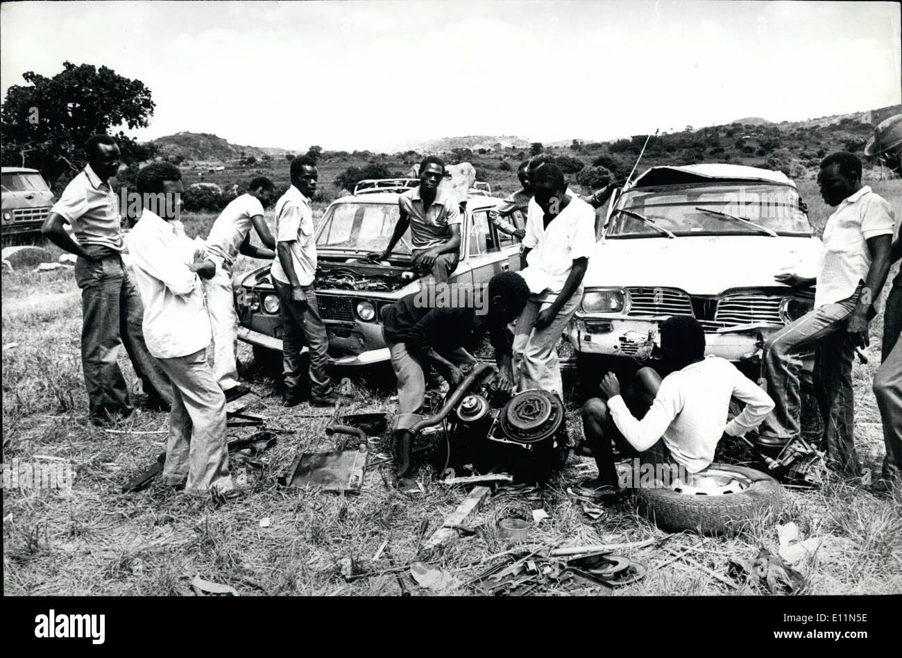 Jun. 06, 1979 - Kaya Southern Sudan: in a refugee camp at the border post of Kaya in Southern Sudan, here several of former Amin's soldiers repairing cars they used to flee across the borders. Credits: Camerapix - Stock Image