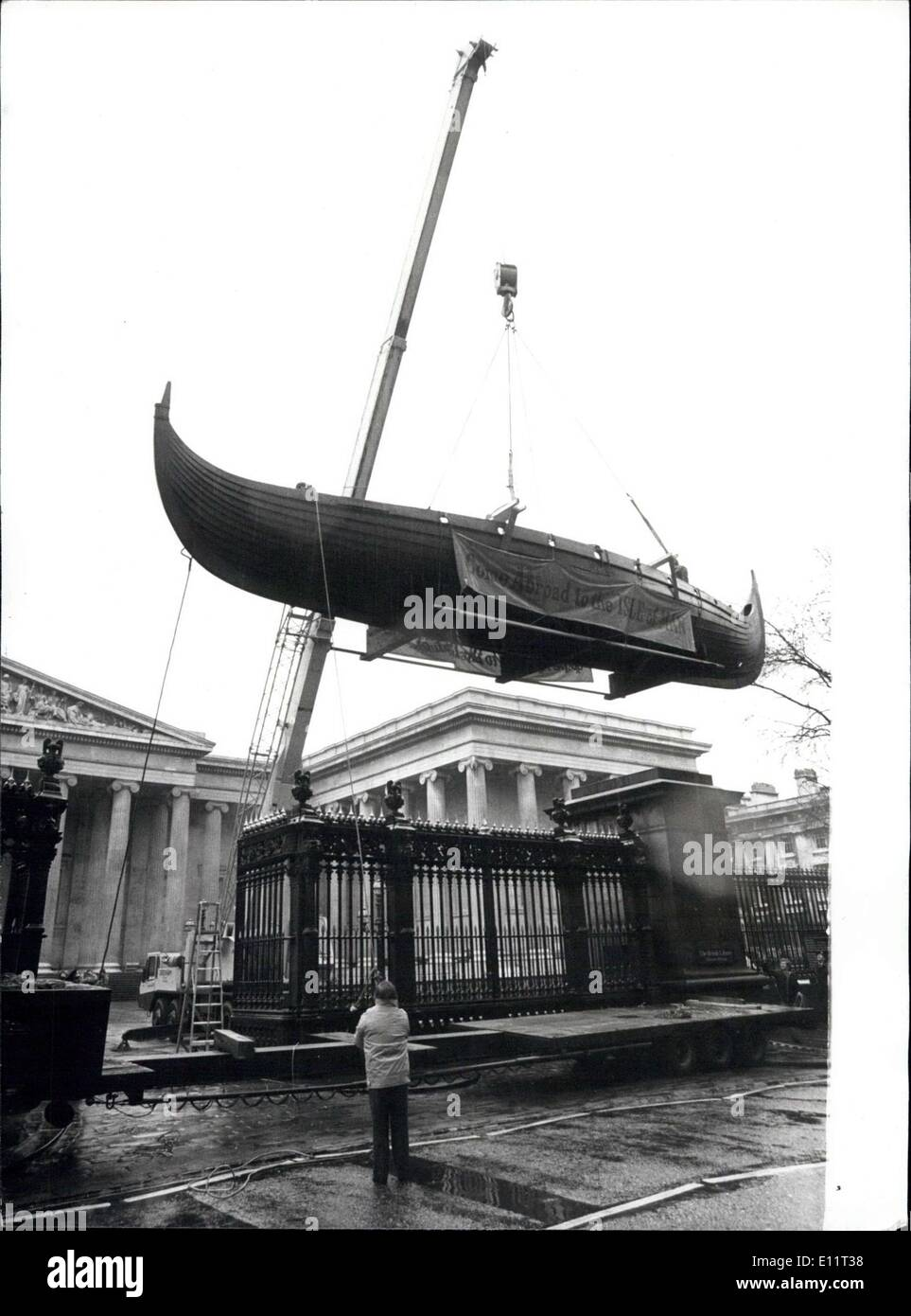 Feb. 04, 1980 - A Viking Longship Arrives in London: Odin's Raven, the 50ft replica of a viking longship which sailed the 1,500 - Stock Image