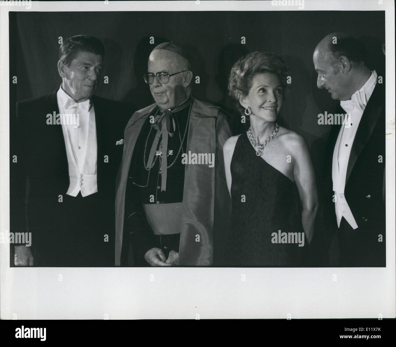 Oct. 10, 1980 - New york: President carter and Republican presidential candidate Ronald Reagan both attended the Al smith Dinner held at the waldorf Astoria Hotel in New york. Photo shows Ronald Reagan, church official, Nancy Reagan and Ed koch, Mayor of New york. - Stock Image