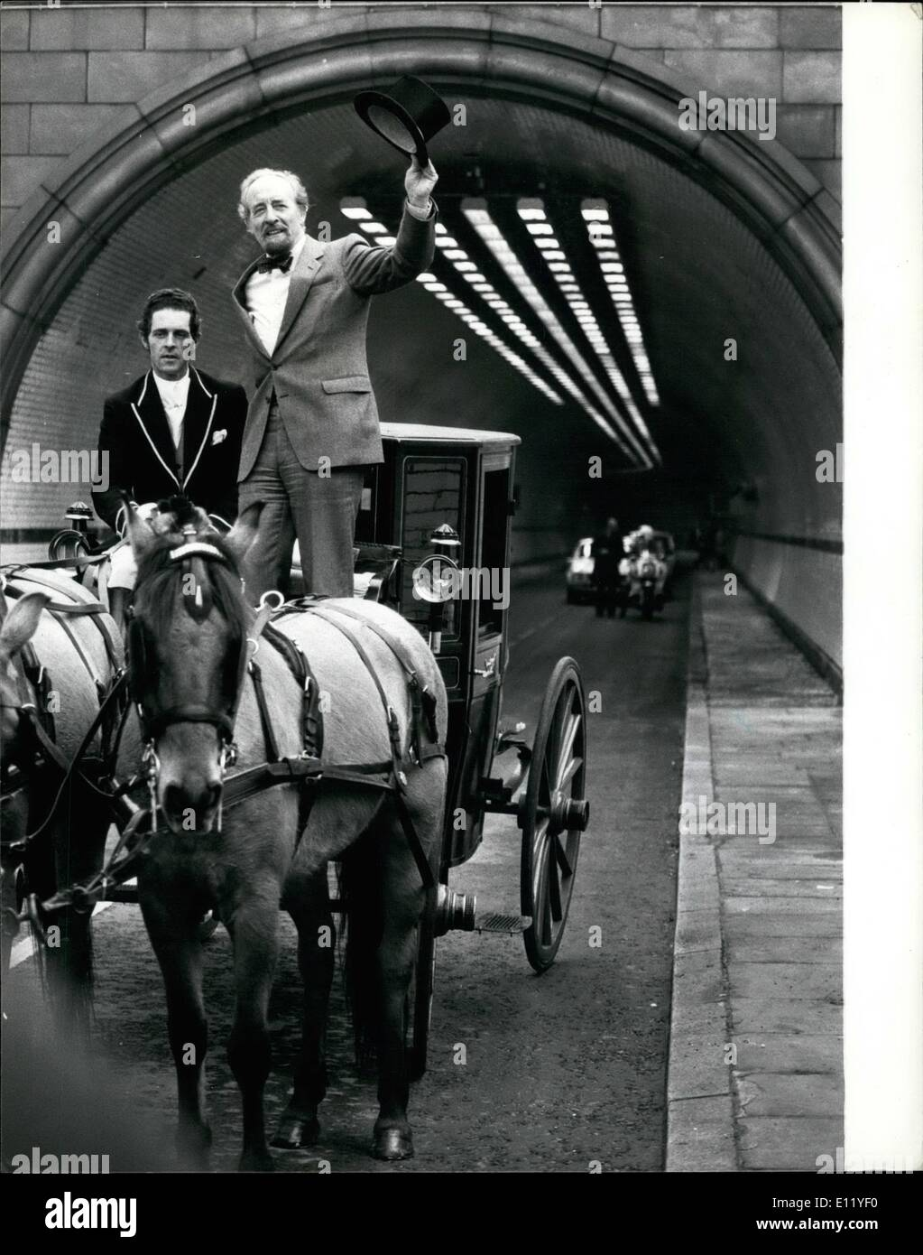 Apr. 02, 1981 - April 2nd 1981 The Rotherhithe Tunnel reopens. The 73 year old Rotherhithe tunnel under the Thames reopened today following an eight month facelift during which the Greater London Council has had ultra-modern ventilation and lighting installed at a cost of 3 million. The tunnel was originally constructed for horse drawn traffic, so to mark the reopening Sir Horace Cutler, leader of the CLC, officially opened it by riding through it in a coach and horses - Stock Image