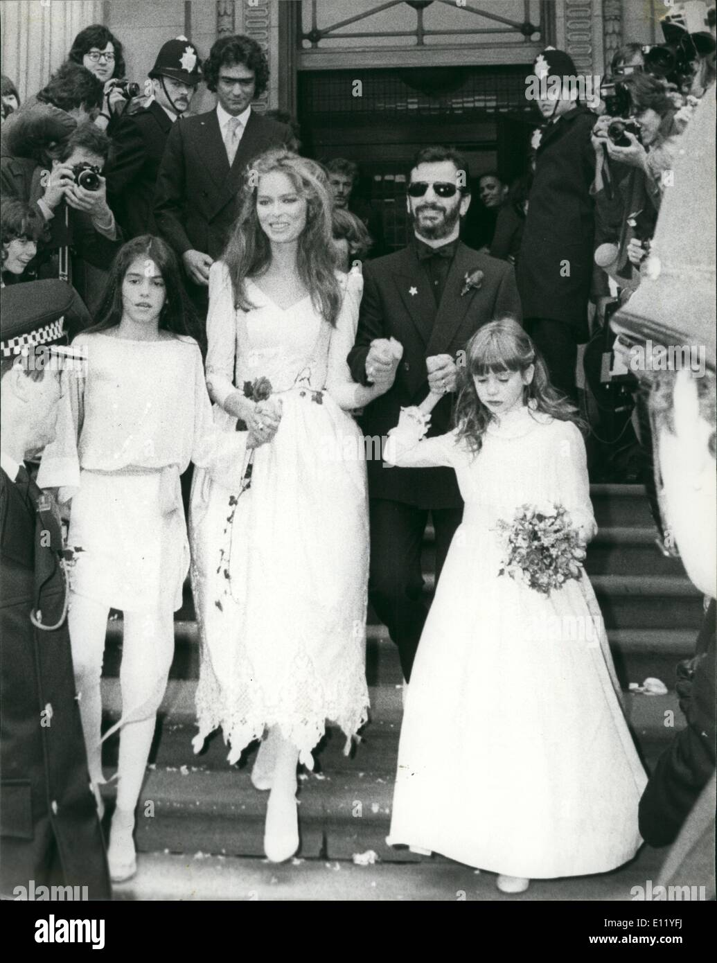 Apr. 04, 1981 - Beatle together for Ringo's wedding: Former Beatles Paul McCartney and George Harrison were among the celebrities who attended the wedding of their former fellow band member Ringo starr in London today. 41 year old Ringo married the girl he has been dating for the past year, 36 year old American actress Barbara Bach. The couple, who are staying at the Dorchester hotel, were wed in a short ceremony at Mrylebone register office in London. It was seconds time around in the marriage stakes for both the famous Liverpudlian and the shapely Miss Bach - Stock Image